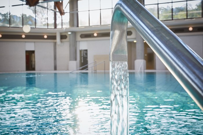 Balinea Thermen Mineralwasser Innenbecken Thermal Bad Massagestrahl